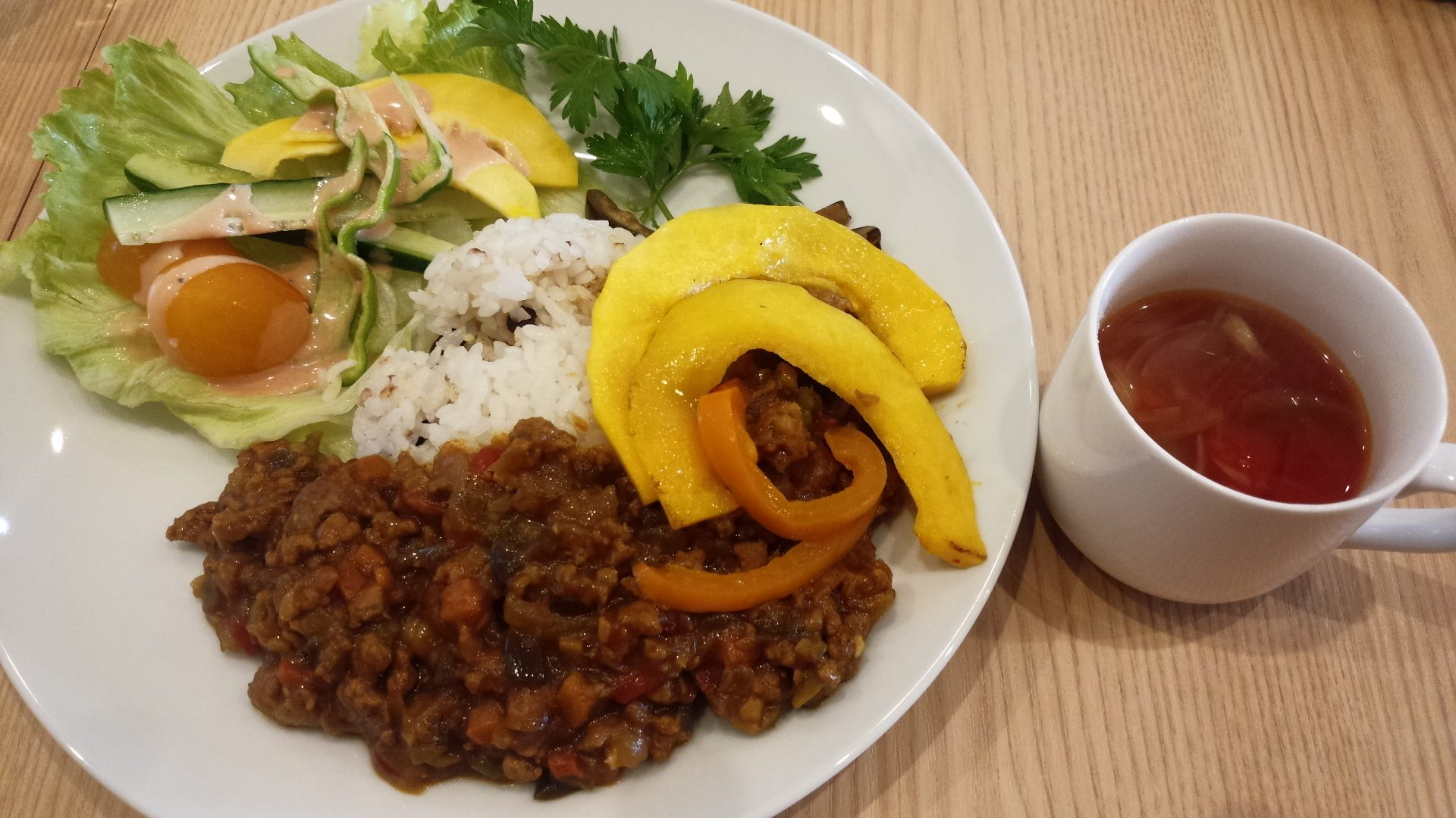 季節野菜のキーマカレー